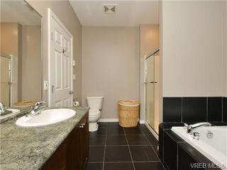 Photo 12: 3420 Mary Anne Cres in VICTORIA: Co Triangle Single Family Detached for sale (Colwood)  : MLS®# 723824