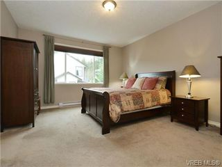 Photo 11: 3420 Mary Anne Crescent in VICTORIA: Co Triangle Single Family Detached for sale (Colwood)  : MLS®# 361398