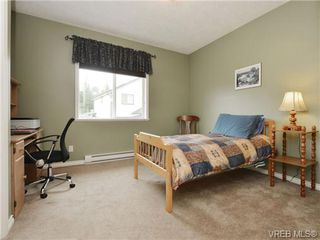 Photo 13: 3420 Mary Anne Crescent in VICTORIA: Co Triangle Single Family Detached for sale (Colwood)  : MLS®# 361398