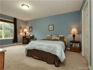 Photo 15: 3420 Mary Anne Crescent in VICTORIA: Co Triangle Single Family Detached for sale (Colwood)  : MLS®# 361398