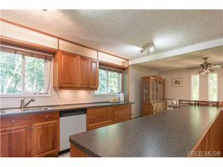 Photo 10: 3333 Fulton Rd in VICTORIA: Co Triangle House for sale (Colwood)  : MLS®# 727523