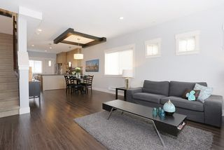 """Photo 4: 58 7298 199A Street in Langley: Willoughby Heights Townhouse for sale in """"YORK"""" : MLS®# R2059132"""