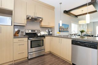 """Photo 6: 58 7298 199A Street in Langley: Willoughby Heights Townhouse for sale in """"YORK"""" : MLS®# R2059132"""