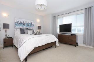 """Photo 11: 58 7298 199A Street in Langley: Willoughby Heights Townhouse for sale in """"YORK"""" : MLS®# R2059132"""