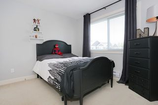 """Photo 14: 58 7298 199A Street in Langley: Willoughby Heights Townhouse for sale in """"YORK"""" : MLS®# R2059132"""