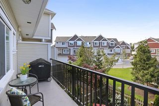 """Photo 18: 58 7298 199A Street in Langley: Willoughby Heights Townhouse for sale in """"YORK"""" : MLS®# R2059132"""