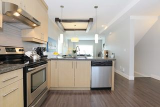 """Photo 8: 58 7298 199A Street in Langley: Willoughby Heights Townhouse for sale in """"YORK"""" : MLS®# R2059132"""