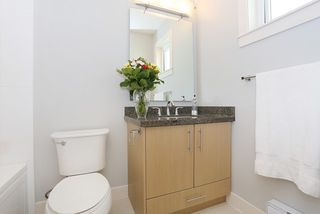 """Photo 13: 58 7298 199A Street in Langley: Willoughby Heights Townhouse for sale in """"YORK"""" : MLS®# R2059132"""