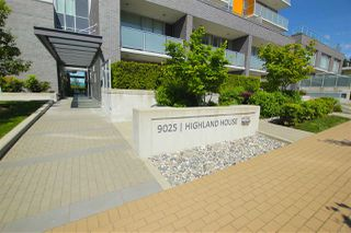 "Photo 2: 701 9025 HIGHLAND Court in Burnaby: Simon Fraser Univer. Condo for sale in ""HIGHLAND HOUSE"" (Burnaby North)  : MLS®# R2066421"