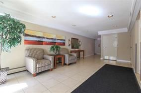 "Photo 2: 106 1561 VIDAL Street: White Rock Condo for sale in ""Ridgecrest"" (South Surrey White Rock)  : MLS®# R2123262"