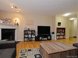 Photo 2: 104 445 Cook Street in VICTORIA: Vi Fairfield West Condo Apartment for sale (Victoria)  : MLS®# 373848