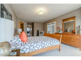 Photo 22: 69 STRATHLEA Place SW in Calgary: Strathcona Park House for sale : MLS®# C4101174