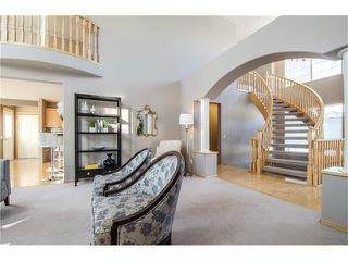 Photo 6: 69 STRATHLEA Place SW in Calgary: Strathcona Park House for sale : MLS®# C4101174