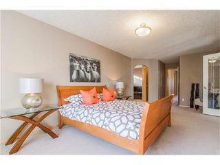 Photo 21: 69 STRATHLEA Place SW in Calgary: Strathcona Park House for sale : MLS®# C4101174