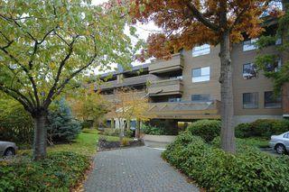"Photo 1: 125 7431 MINORU Boulevard in Richmond: Brighouse South Condo for sale in ""WOODRIDGE ESTATES"" : MLS®# R2149791"