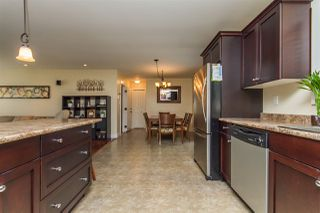 Photo 3: 2620 MACBETH Crescent in Abbotsford: Abbotsford East House for sale : MLS®# R2152835