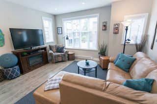 """Photo 3: 28 15588 32 Avenue in Surrey: Grandview Surrey Townhouse for sale in """"THE WOODS"""" (South Surrey White Rock)  : MLS®# R2155616"""
