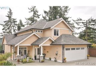 Photo 1: 2162 Bellamy Road in VICTORIA: La Thetis Heights Single Family Detached for sale (Langford)  : MLS®# 377320