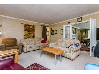 Photo 4: 5678 182 STREET in Cloverdale: Home for sale : MLS®# R2080801