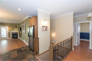 Photo 9: 2134 Harrow Gate in VICTORIA: La Bear Mountain Single Family Detached for sale (Langford)  : MLS®# 379152