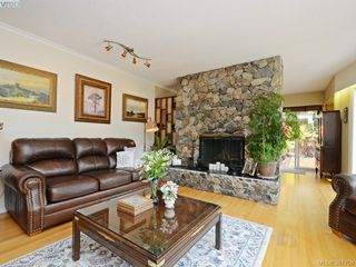 Photo 8: 108 Leila Pl in VICTORIA: Co Colwood Lake Single Family Detached for sale (Colwood)  : MLS®# 766827