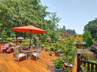 Photo 3: 108 Leila Pl in VICTORIA: Co Colwood Lake Single Family Detached for sale (Colwood)  : MLS®# 766827