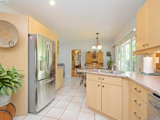 Photo 6: 108 Leila Pl in VICTORIA: Co Colwood Lake Single Family Detached for sale (Colwood)  : MLS®# 766827