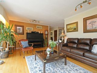 Photo 7: 108 Leila Pl in VICTORIA: Co Colwood Lake Single Family Detached for sale (Colwood)  : MLS®# 766827