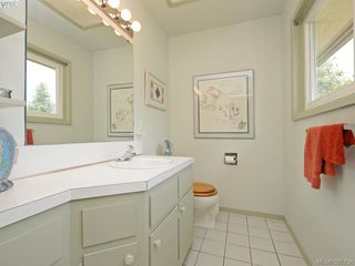 Photo 11: 108 Leila Pl in VICTORIA: Co Colwood Lake Single Family Detached for sale (Colwood)  : MLS®# 766827