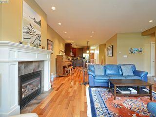 Photo 4: 14 551 Bezanton Way in VICTORIA: Co Latoria Row/Townhouse for sale (Colwood)  : MLS®# 767786