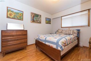 Photo 13: 1174 Craigflower Road in VICTORIA: Es Kinsmen Park Revenue Duplex for sale (Esquimalt)  : MLS®# 382906