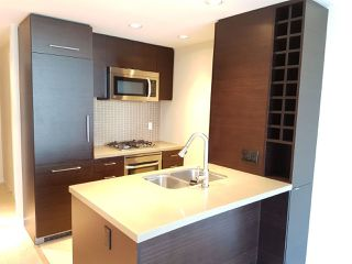 Photo 3: 2208 833 HOMER STREET in Vancouver: Downtown VW Condo for sale (Vancouver West)  : MLS®# R2200752