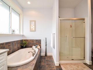 Photo 18: 281 VIRGINIA DRIVE in CAMPBELL RIVER: CR Willow Point House for sale (Campbell River)  : MLS®# 770810