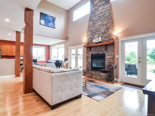 Photo 8: 281 VIRGINIA DRIVE in CAMPBELL RIVER: CR Willow Point House for sale (Campbell River)  : MLS®# 770810