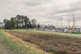 "Photo 20: 305 5600 ANDREWS Road in Richmond: Steveston South Condo for sale in ""THE LAGOONS"" : MLS®# R2209894"