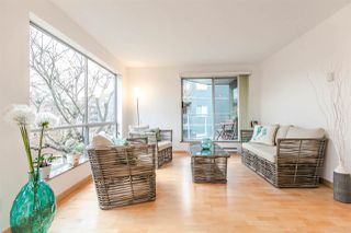 Photo 9: 201 1550 MARINER Walk in Vancouver: False Creek Condo for sale (Vancouver West)  : MLS®# R2245004