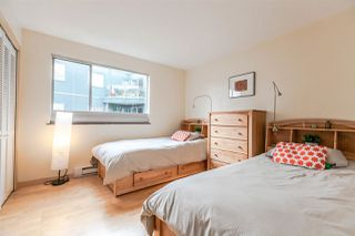 Photo 12: 201 1550 MARINER Walk in Vancouver: False Creek Condo for sale (Vancouver West)  : MLS®# R2245004