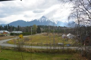 Photo 3: 5251 N 1ST Avenue: Hazelton Agri-Business for sale (Smithers And Area (Zone 54))  : MLS®# C8017722
