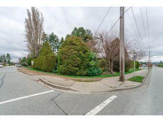 Photo 7: 15719 16 Avenue in Surrey: Sunnyside Park Surrey House for sale (South Surrey White Rock)  : MLS®# R2249136