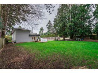 Photo 4: 15719 16 Avenue in Surrey: Sunnyside Park Surrey House for sale (South Surrey White Rock)  : MLS®# R2249136