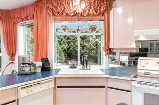 Photo 8: 13686 58 Avenue in Surrey: Panorama Ridge House for sale : MLS®# R2250853