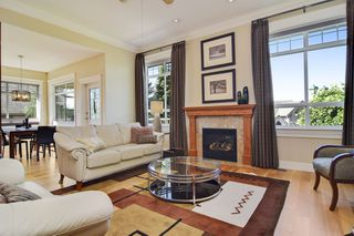 "Photo 4: 35508 DONEAGLE Place in Abbotsford: Abbotsford East House for sale in ""EAGLE MOUNTAIN"" : MLS®# R2274459"