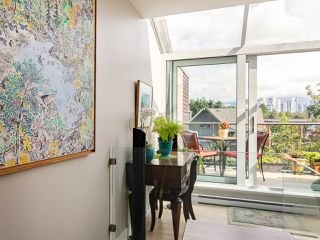 "Photo 6: 832 W 7TH Avenue in Vancouver: Fairview VW Townhouse for sale in ""Casa del Arroyo"" (Vancouver West)  : MLS®# R2274661"