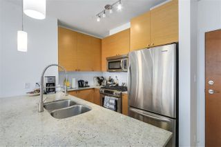 "Photo 8: 303 110 BREW Street in Port Moody: Port Moody Centre Condo for sale in ""ARIA"" : MLS®# R2277889"