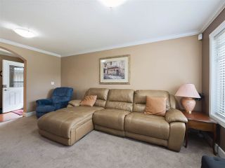 Photo 11: 3134 267A Street in Langley: Aldergrove Langley House 1/2 Duplex for sale : MLS®# R2284390