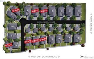 Photo 3: 8031 Huckleberry Court in SAANICHTON: CS Saanichton Single Family Detached for sale (Central Saanich)  : MLS®# 395423