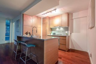 "Photo 7: 1907 565 SMITHE Street in Vancouver: Downtown VW Condo for sale in ""VITA"" (Vancouver West)  : MLS®# R2298789"