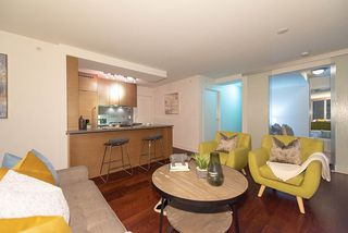 "Photo 6: 1907 565 SMITHE Street in Vancouver: Downtown VW Condo for sale in ""VITA"" (Vancouver West)  : MLS®# R2298789"