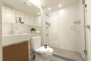 "Photo 9: 1907 565 SMITHE Street in Vancouver: Downtown VW Condo for sale in ""VITA"" (Vancouver West)  : MLS®# R2298789"
