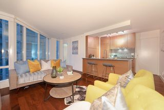 "Photo 5: 1907 565 SMITHE Street in Vancouver: Downtown VW Condo for sale in ""VITA"" (Vancouver West)  : MLS®# R2298789"
